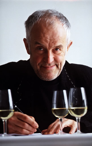 True, it hasn't been breaking news lately, but Zurich based ad-guru and wine connoisseur, Ernst Meier, wants you to know that Swiss wine culture is alive and well.